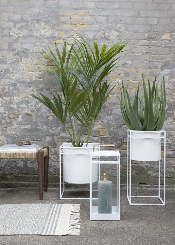 White Metal Planter Wide Nisi Living